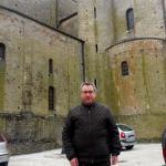 Raffaele è un ragazzo di 54 anni e risiede a Lavello
