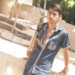 Alessandro è un ragazzo di 26 anni e risiede a Napoli