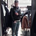 Luca è un ragazzo di 28 anni e risiede a Catania