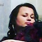 Luana è una ragazza di 35 anni e risiede a Pozzuoli