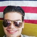 Luca è un ragazzo di 21 anni e risiede a Torino