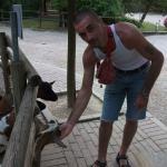 Saimon è un ragazzo di 37 anni e risiede a Petilia Policastro