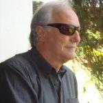 Roberto è un ragazzo di 56 anni e risiede a Ragusa