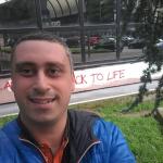 Mauro è un ragazzo di 38 anni e risiede a Sesto San Giovanni